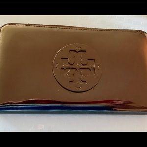 Tori Burch patten leather wallet